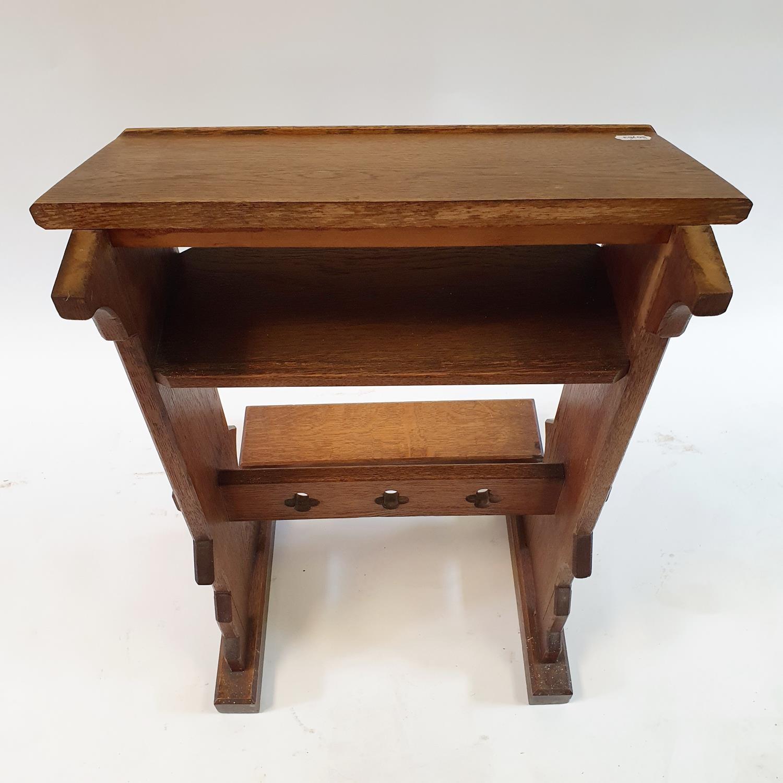 An oak lectern, 50 cm wide - Image 3 of 4