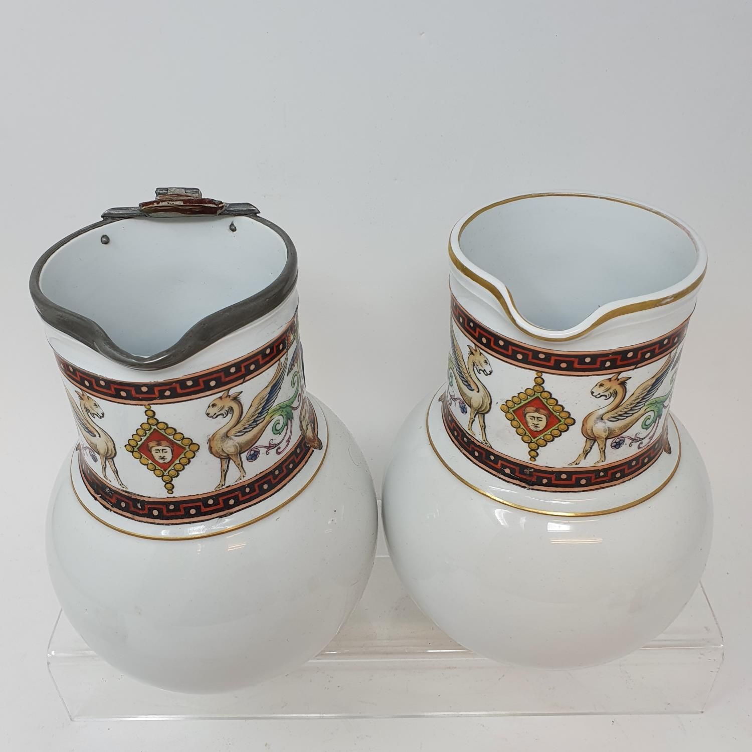 A pair of jugs, decorated phoenix, other ceramics and glass (4 boxes) - Image 3 of 11
