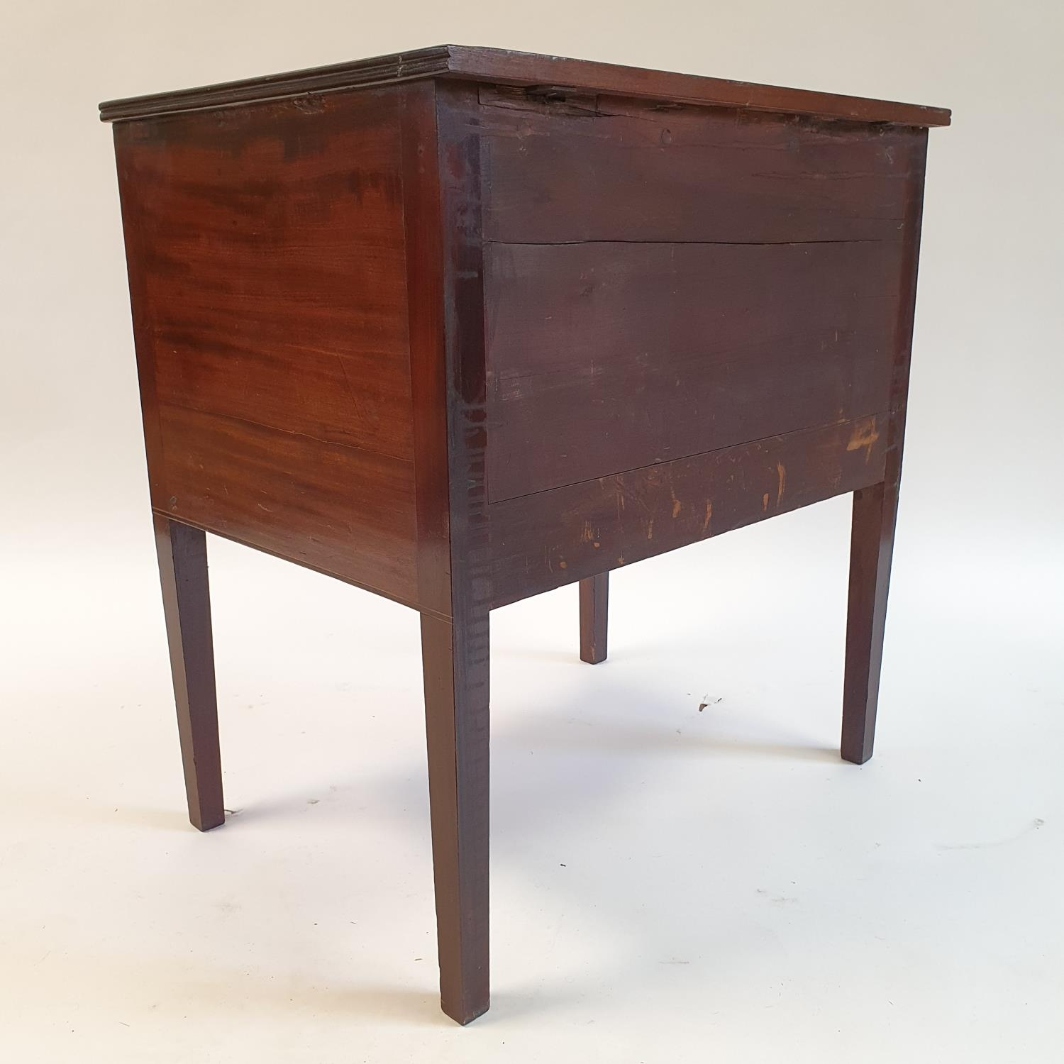 A mahogany chest of three drawers, on square tapering legs, 68 cm wide - Image 3 of 3