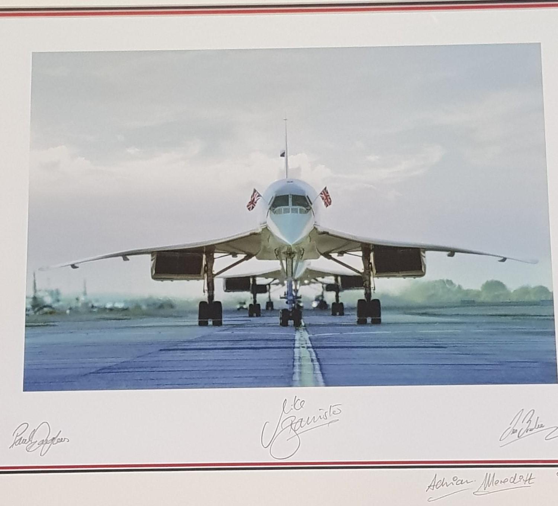 Concorde memorabilia: Concorde from 1976-2003, three Concordes line up on the last flight into