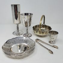 A George V silver pierced bowl, Birmingham 1936, 3.8 ozt, a silver plated entree dish and other