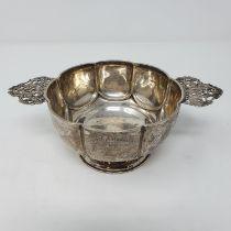 A silver quaich, London 1901, 4.6 ozt