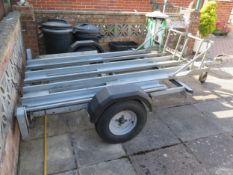 Wessex 3 bike/sidecar trailer and two lifting work benches, fitted with manual hoist