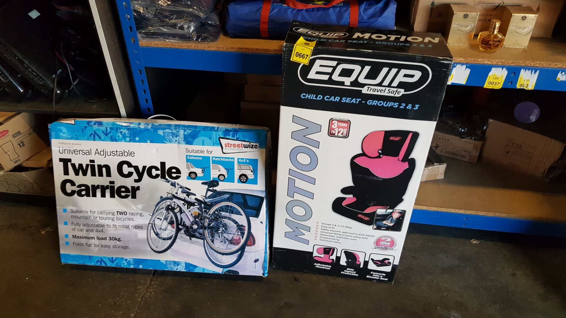 1 X BRAND NEW CHILD CAR SEAT AND 1 X TWIN CYCLE CARRIER