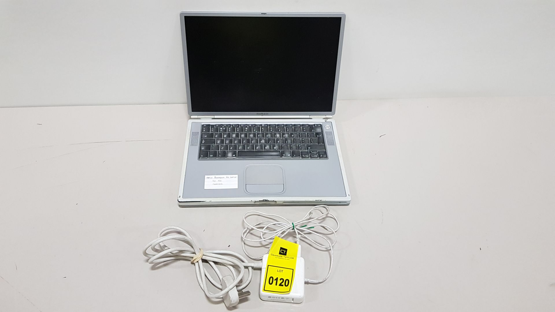APPLE POWERBOOK G4 LAPTOP NO O/S - WITH CHARGER