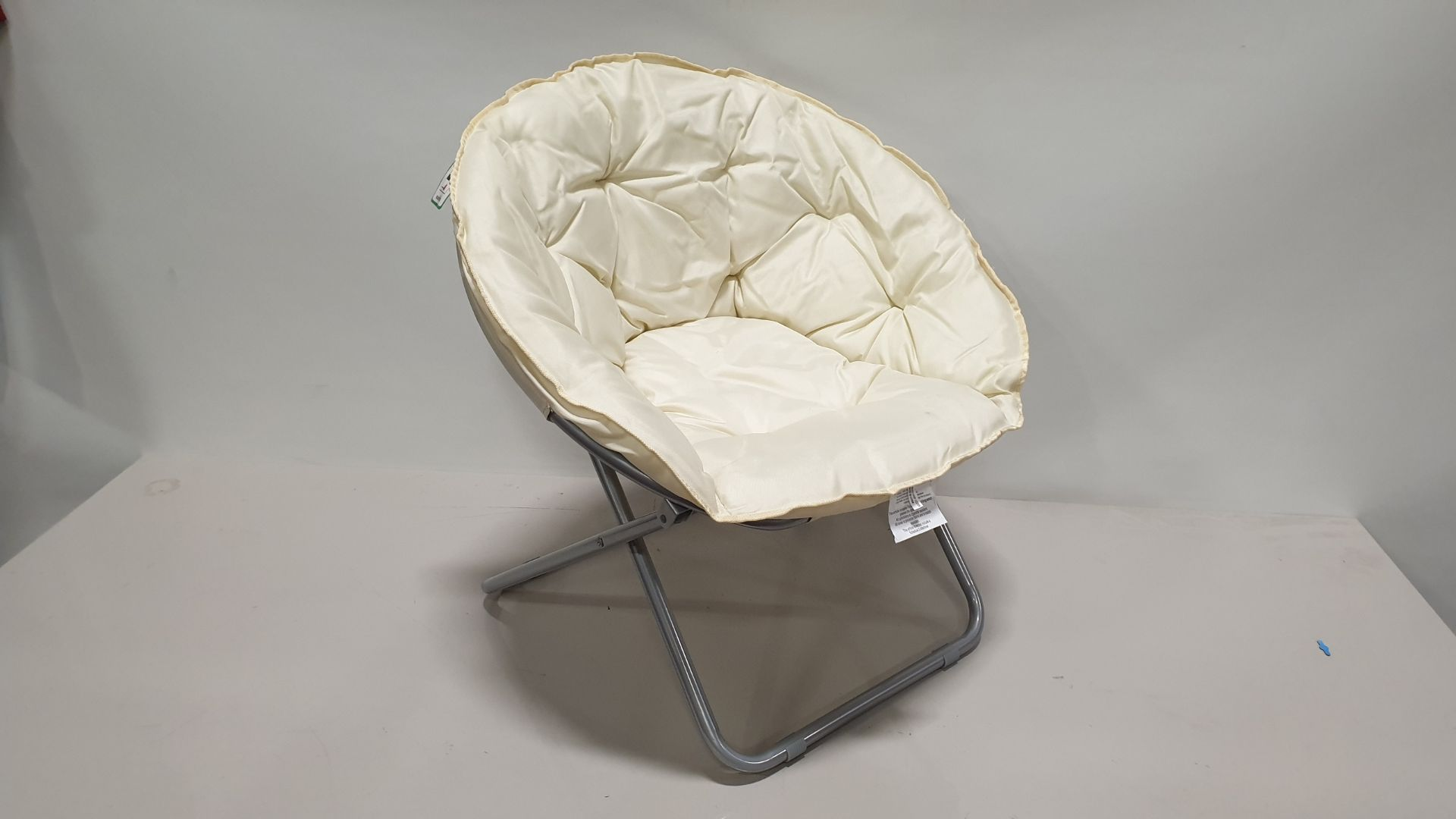 8 X BRAND NEW CREAM BUCKET CHAIR - IN 2 BOXES