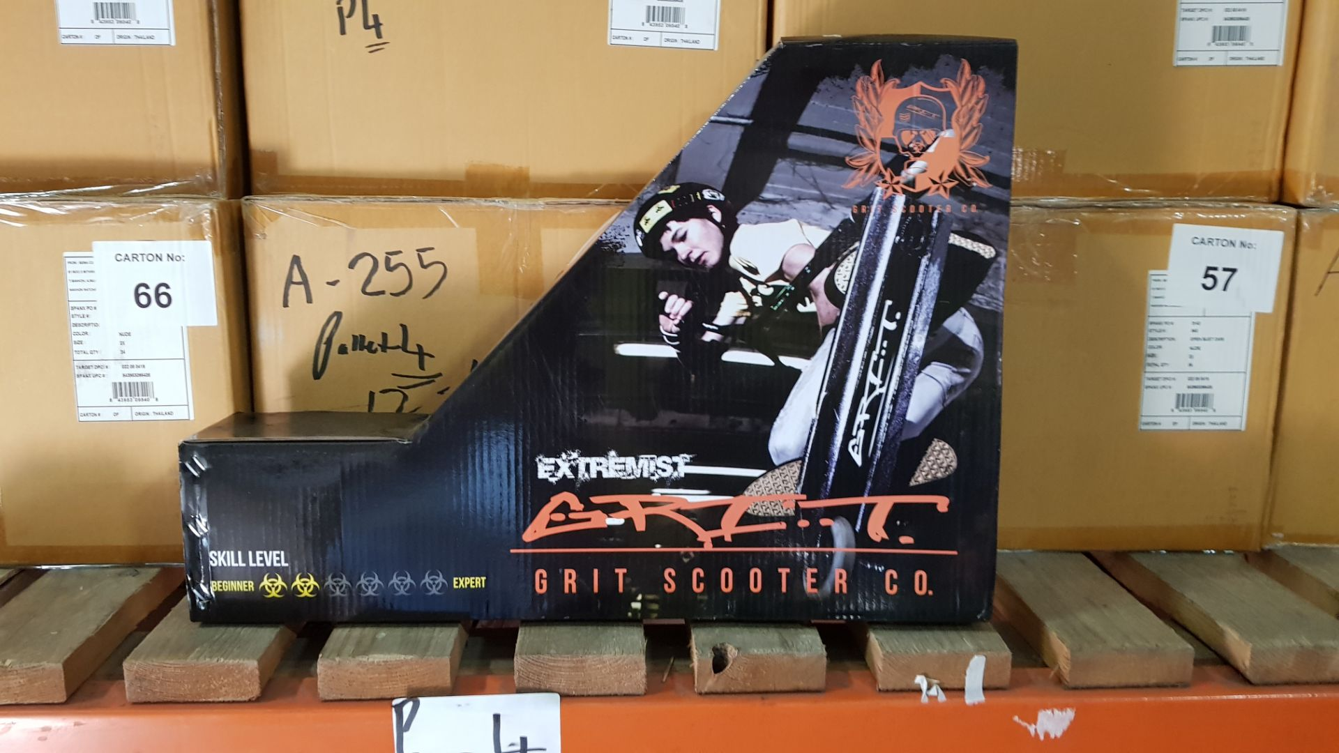 4 X EXTREMEIST GRIT SCOOTER