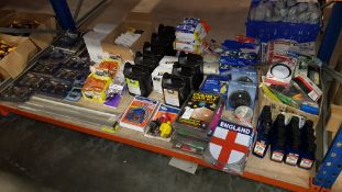 LARGE QUANTITY ASSORTED LOT CONTAINING TURTLE PROFESSIONAL RAPID WAX, TYPEVR SPORT PEDAL PADS,