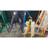 1 X BLUE PIPE BENDER, 6 X CABLE ROLLING EQUIPMENT AND A SIGHT FLOOR LAMP WITH SOCKETS