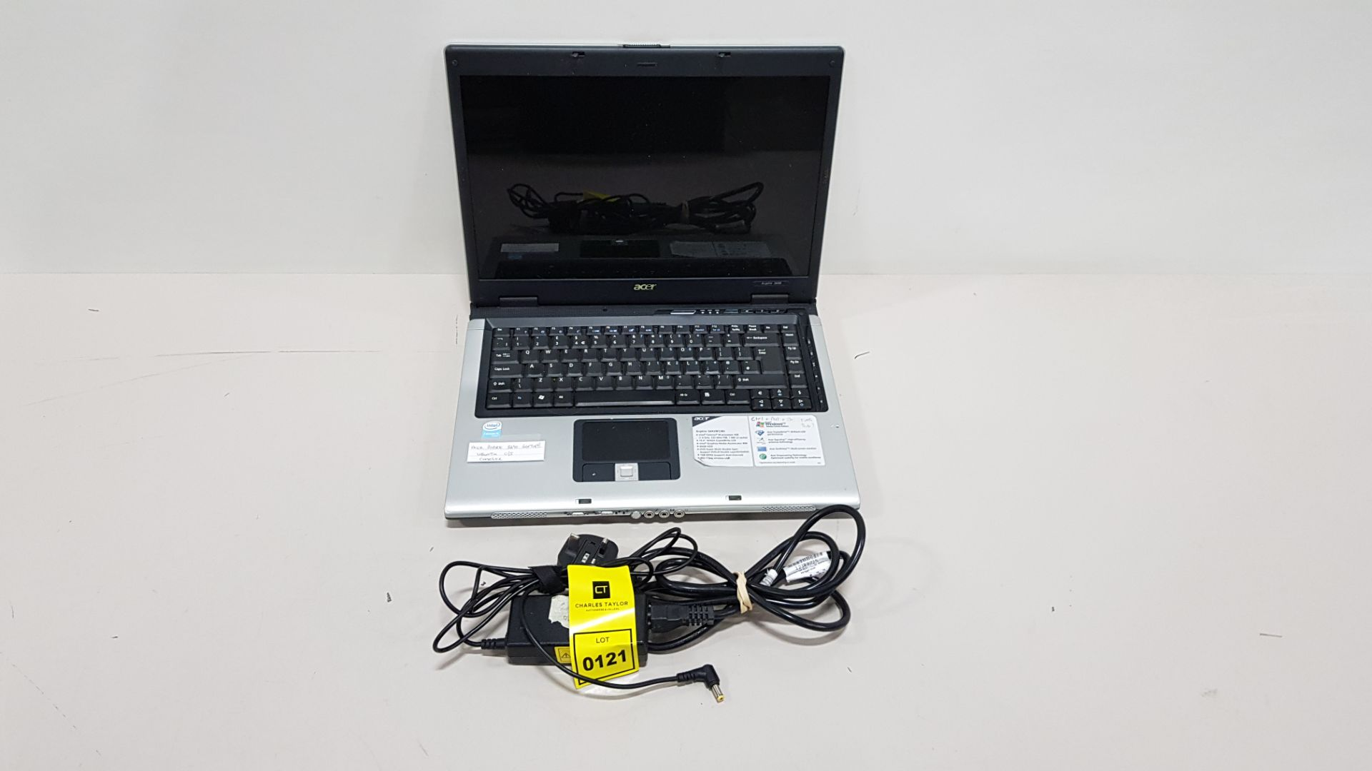 ACER ASPIRE 3690 LAPTOP UBUNTA O/S - WITH CHARGER