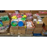 APPROX 1000+ PIECES OF EDUCATION EQUIPMENT ON A PELLET IE LITTER PATROL HATS, WORD DICE, BOOKS,
