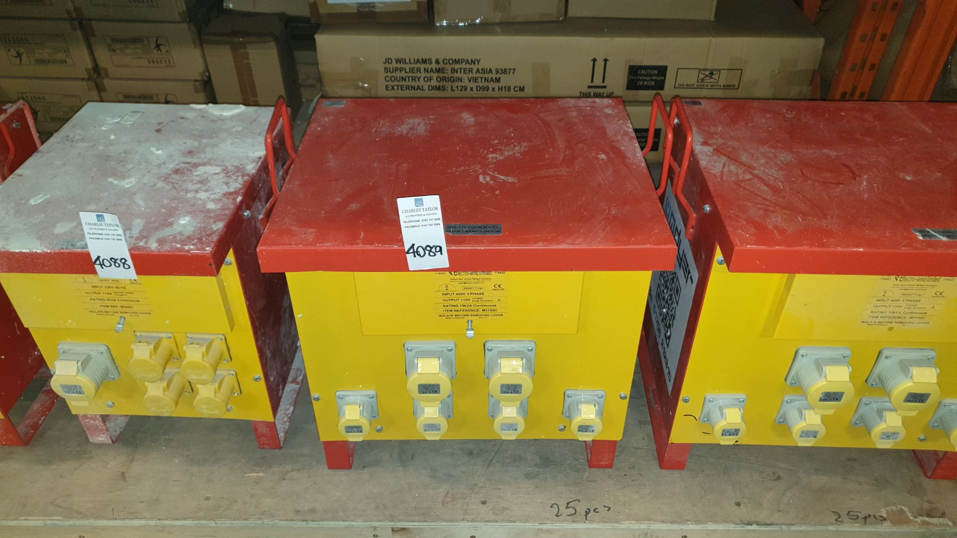 INDUSTRAIL TRANSFORMER INPUT 400 V 3 PHASE OUTPUT 110 V