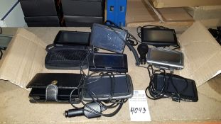 8 PIECE ASSORTED LOT CONTAINING 5 X TOMTOM SAT NAVS, 2 X GARMIN SAT NAVS AND 1 X NINTENDO DS