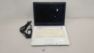 SONY FE2IM LAPTOP NO O/S INCLUDES CHARGER