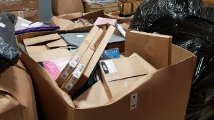 FULL EDUCATIONAL PALLET CONTAINING EDUCATIONAL BOOKS, NOTE PADS, MATHS BOOKS, YEARLY PLANNERS AND