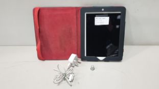 APPLE IPAD TABLET WIFI + 3G 16GB STORAGE INCLUDES CASE AND CHARGER