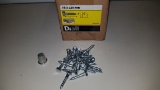 APPROX 74,000 X BRAND NEW WOOD SCREW PAN YZP 4 X 30 LOOSE IN 40 BOXES