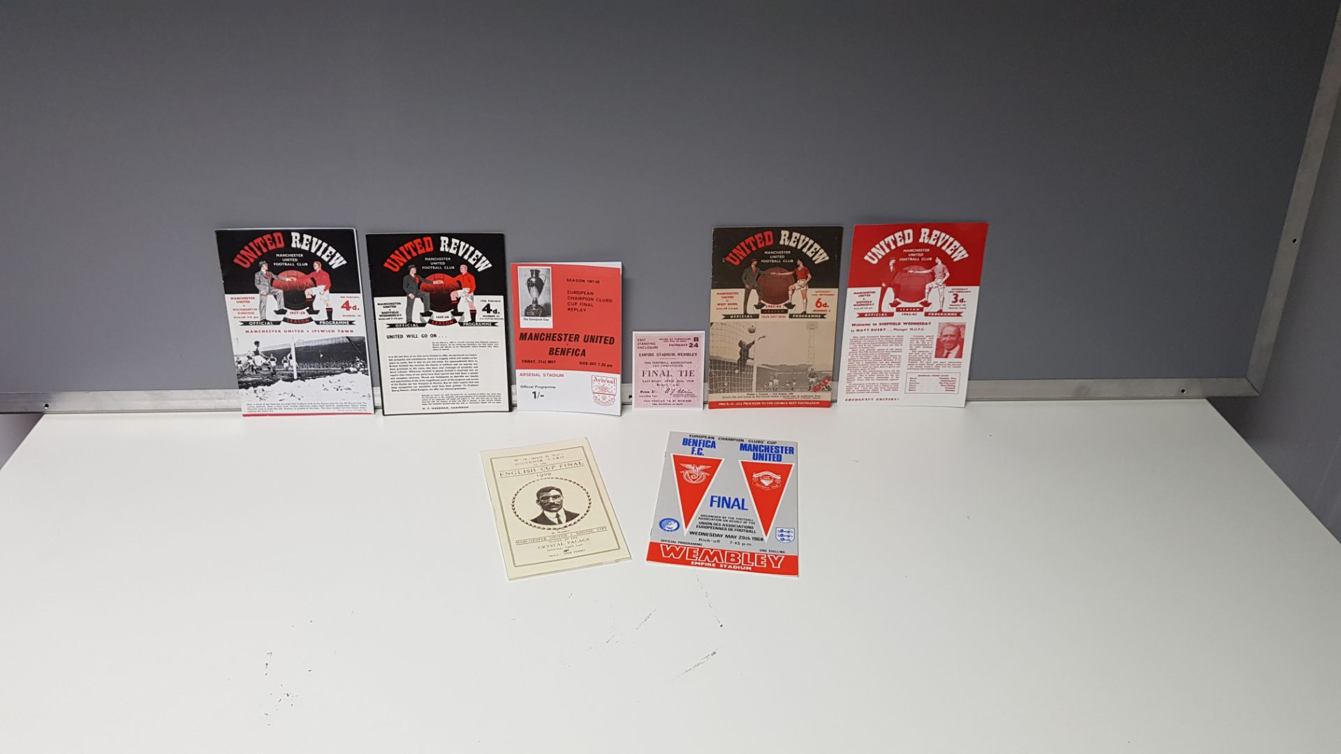 8 X REPLICA MANCHESTER UNITED PROGRAMMES #COPIES.. & 1 X COPY TICKET STUB - FURTHER INFO ON ONLINE