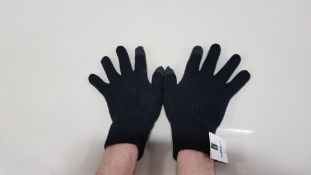 61 X BRAND NEW TOPMAN BLACK WINTER GLOVES SIZE S/M TOTAL RRP £488.00