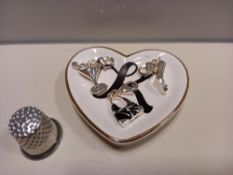 APPROX 130 + AVON ACCESSORIES CONTAINING BRENNA CHARM SET - 3 X CHARMS, EMILEE INITIAL RING DISH AND