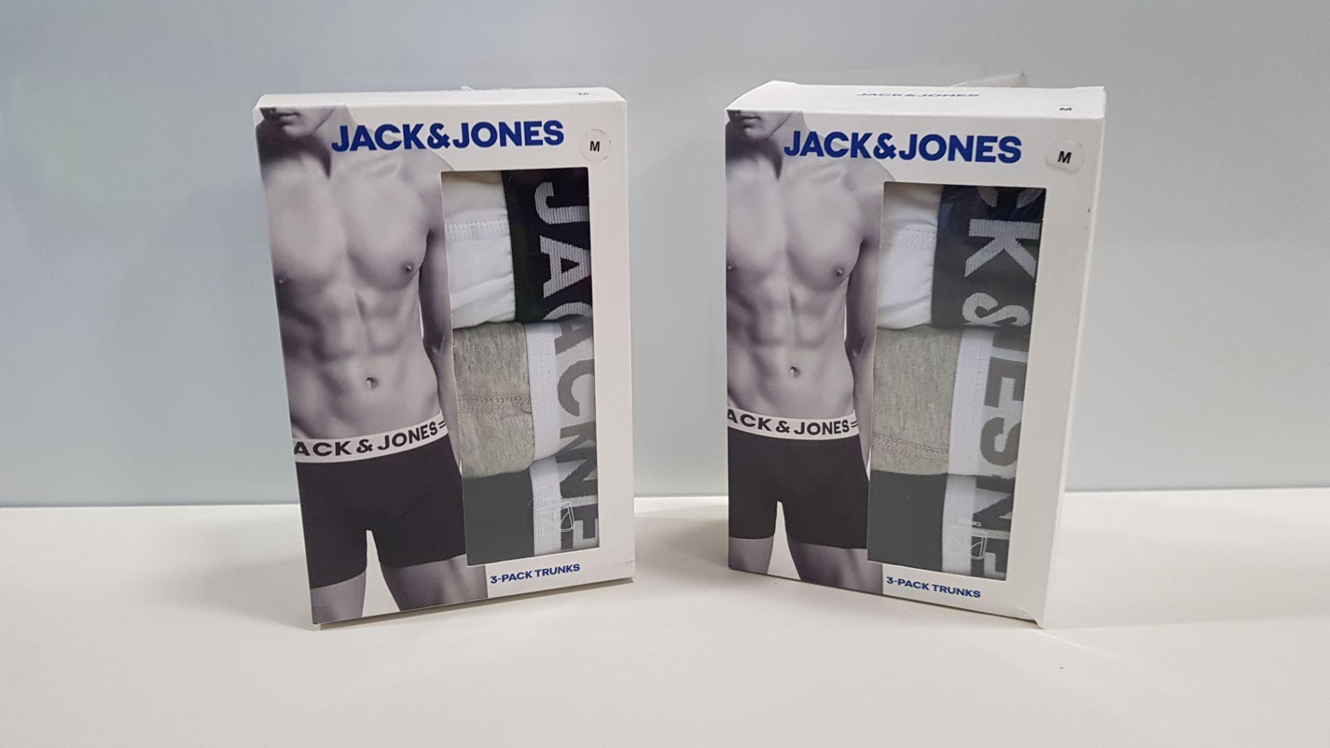 18 X BRAND NEW JACK & JONES 3 - PACK TRUNKS - 11 X SIZE MEDIUM, 2 X SIZE LARGE AND 5 X SIZE EXTRA