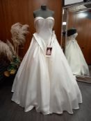 1 X (ZAC POSEN FOR WHITE) WEDDING DRESS MODEL - HEIDI GARZA PIQUE COLOUR - OFF WHITE SIZE - UK 12