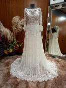 1 X ((PRONOVIAS BARCELONA MELANIE BO HO) WEDDING DRESS MODEL - MELANIE OFF WHITE/ND ENC & GUI & BDHC