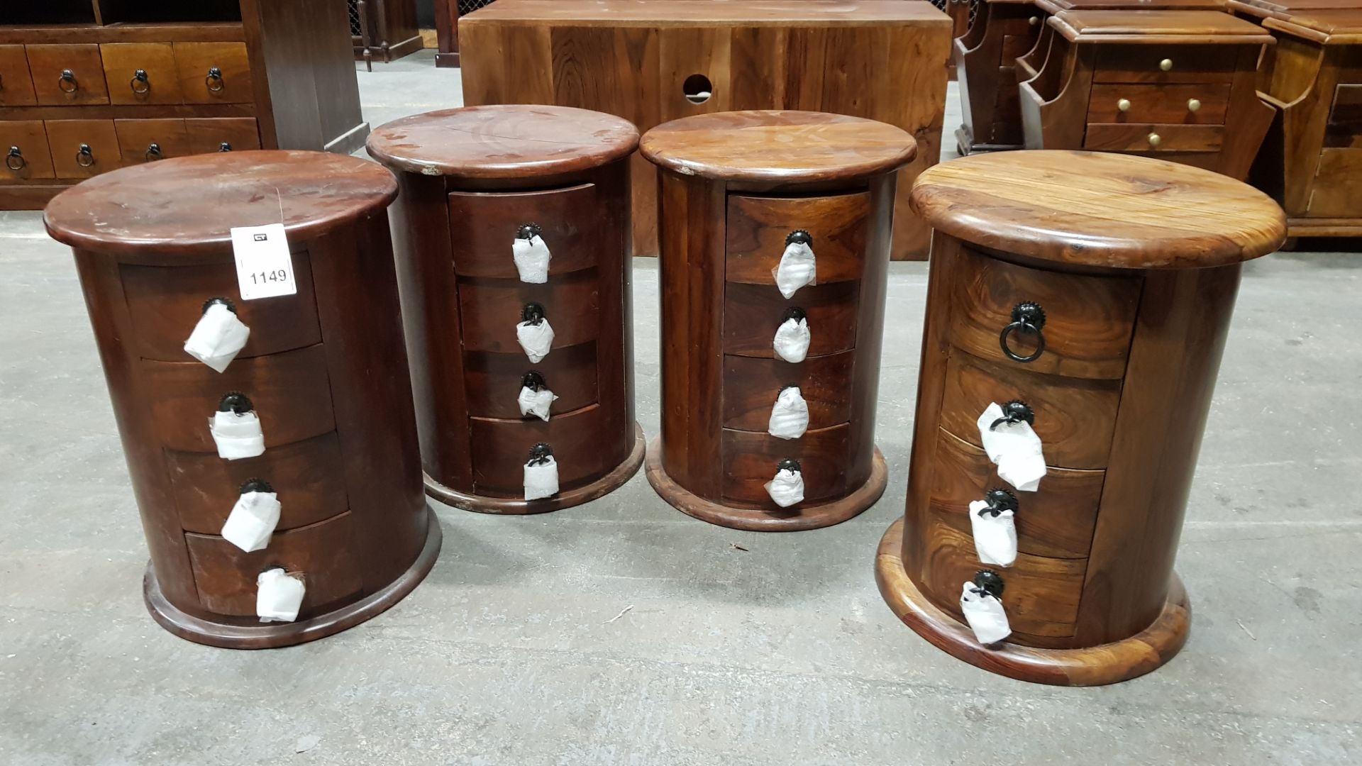 4 X SOLID WOOD ACACIA 4 DRAWER DRUMS 38X38X52 (PLEASE NOTE JDW ONLINE RETURNS)