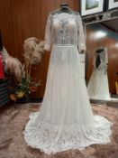 1 X (PRONOVIAS BARCELONA EFFORTLESS BOHEMIAN ATIRA) WEDDING DRESS MODEL - ATIRA OFW ENCAJE