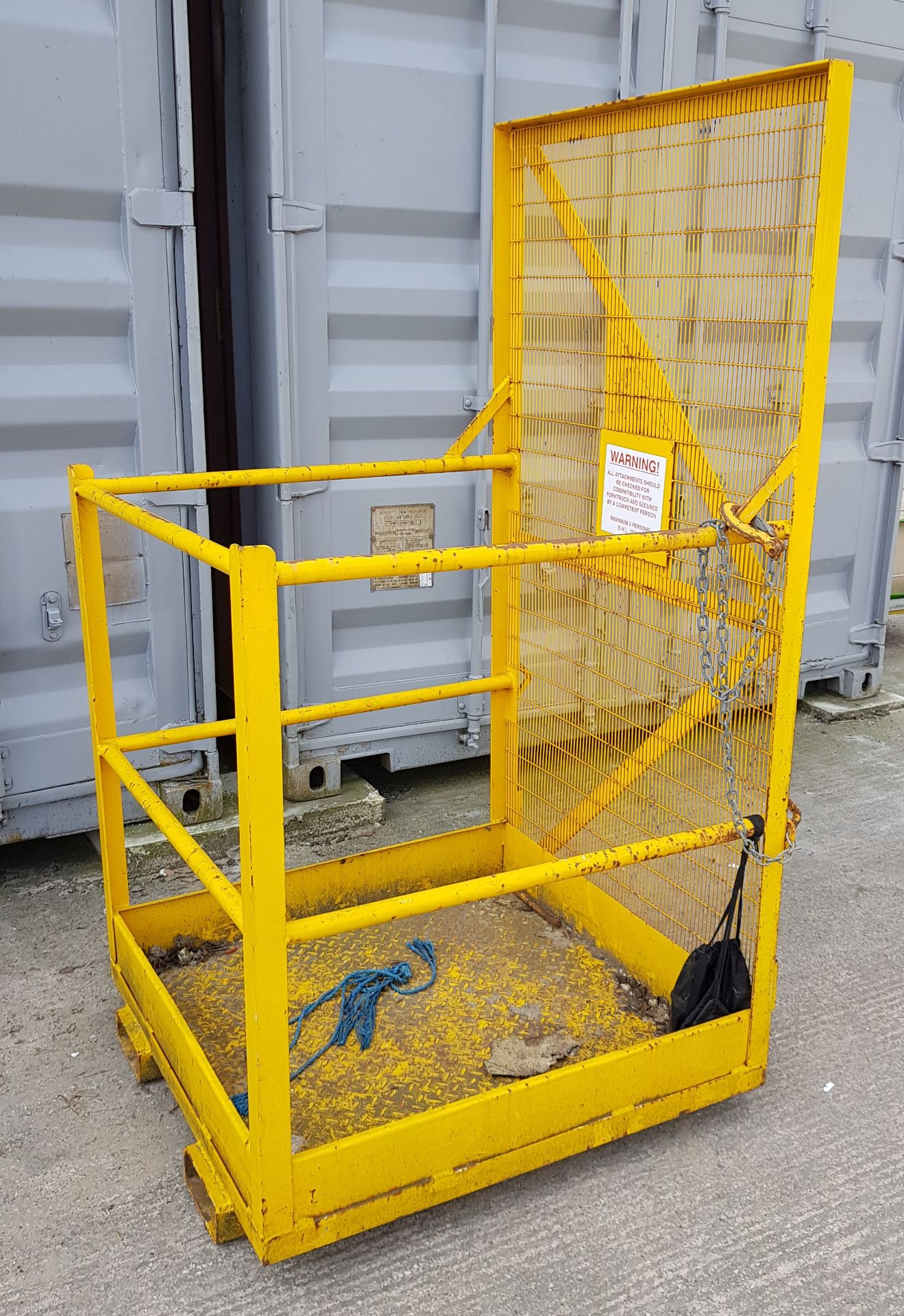 COMMERCIAL PEDESTRIAN CAGE