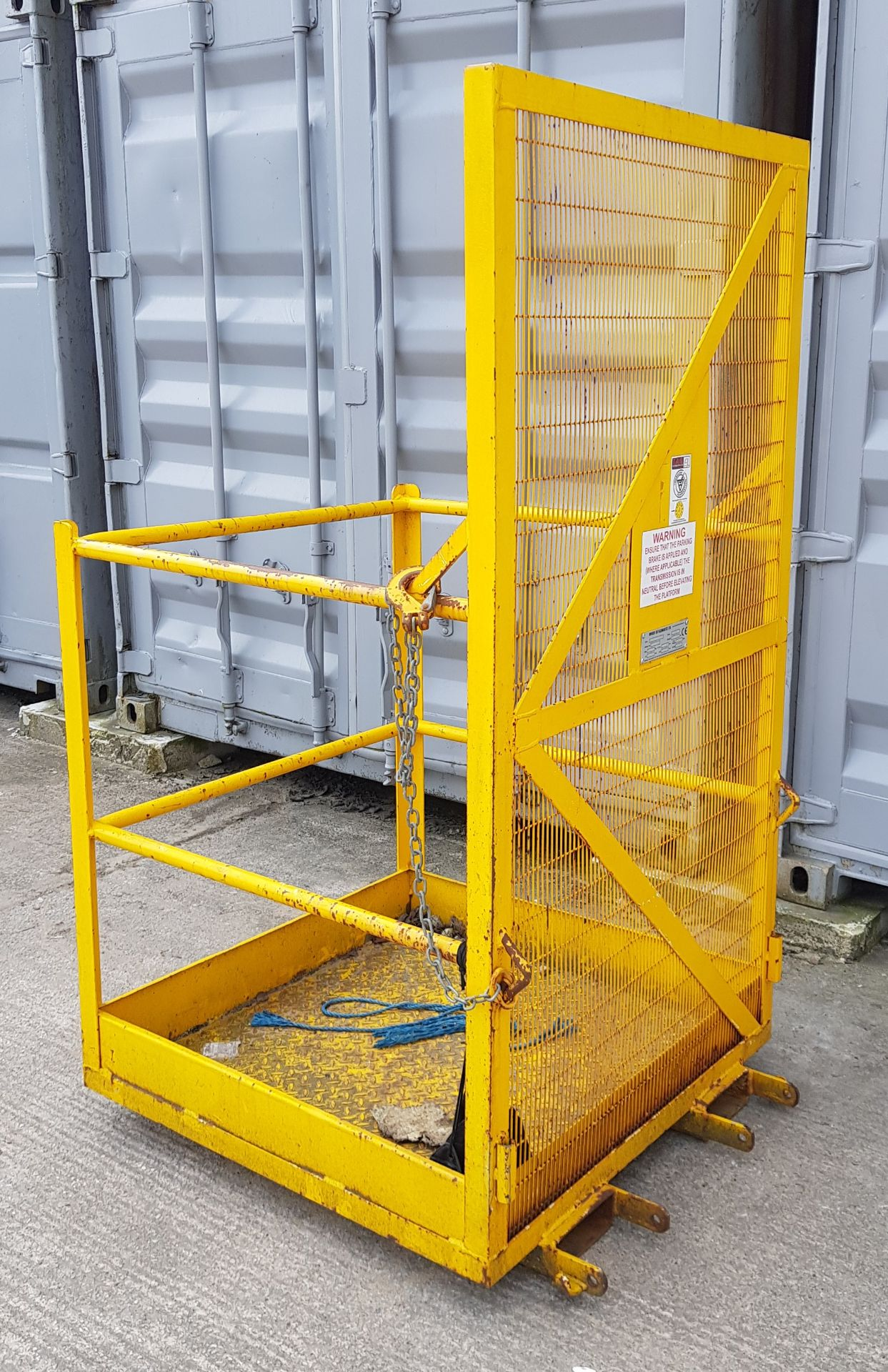 COMMERCIAL PEDESTRIAN CAGE - Image 2 of 3