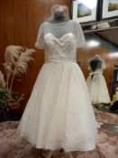 1 X (LOULOU BRIDE) WEDDING DRESS STYLE - 1B197 COLOUR - IVORY SIZE - UK16 RRP - £1,050