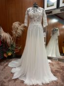 1 X (PRONOVIAS BARCELONA EFFORTLESS BOHEMIAN CERES) WEDDING DRESS MODEL - CERES OFW/ND GAS &