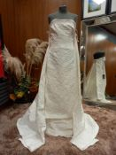 1 X (ZAC POSEN FOR WHITE DITA) WEDDING DRESS MODEL - DITA OFF WHITE BROCCADO C/COLA SIZE - UK12