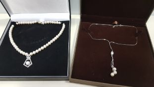 13 X ASSORTED BRAND NEW BOXED GAVI LOT CONTAINING PEARL DETAILED NECKLACE WITH PENDANT AND SILVER