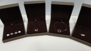 19 X ASSORTED BRAND NEW BOXED GAVI LOT CONTAINING 3 TYPES OF PEARL DETAILED EARRINGS, NECKLACE