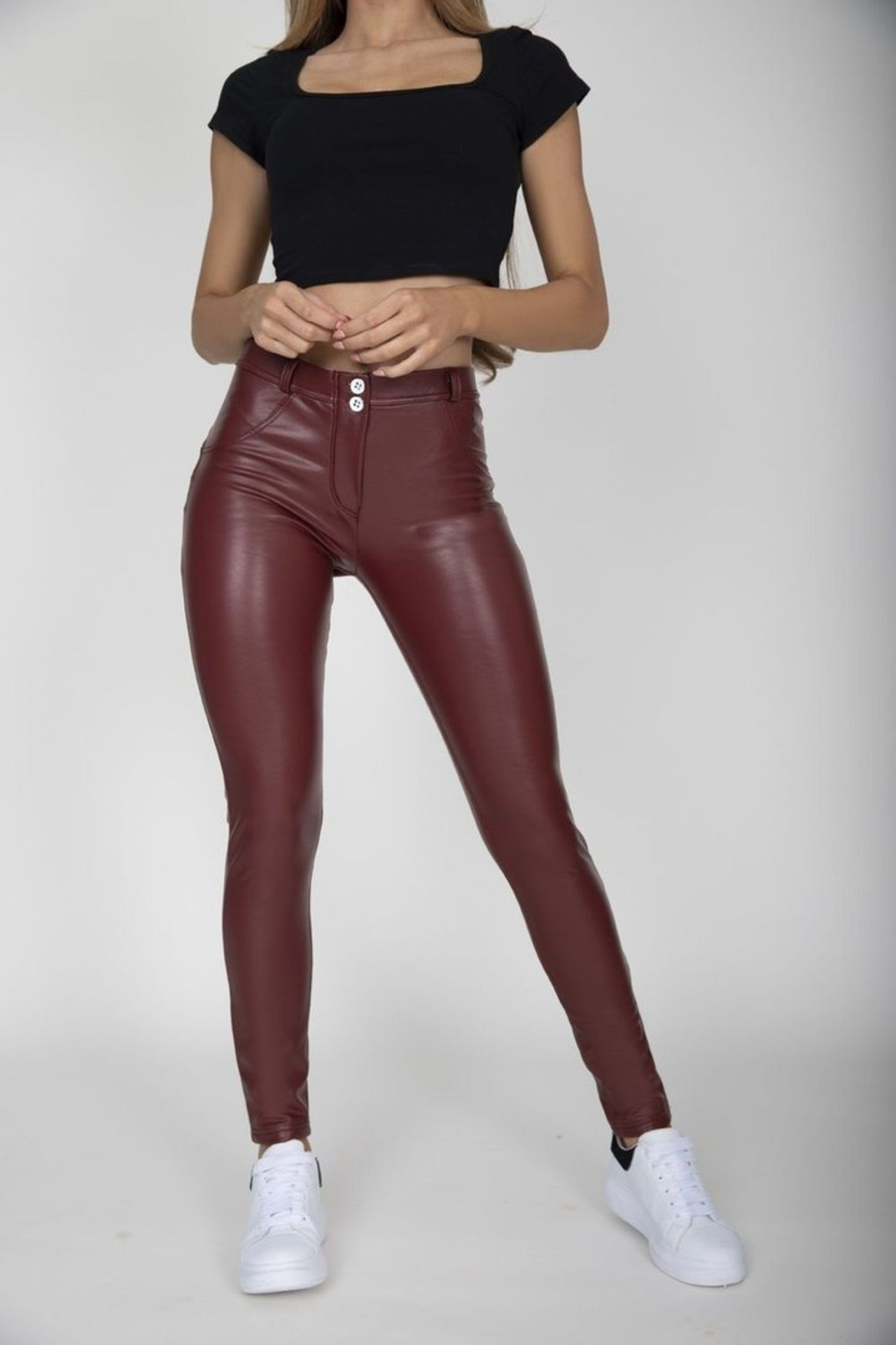12 X BRAND NEW HUGZ JEANS DESIGNER BRANDED WINE COL FAUX LEATHER PANTS MID WAIST SIZES 8 - S (1) & 6