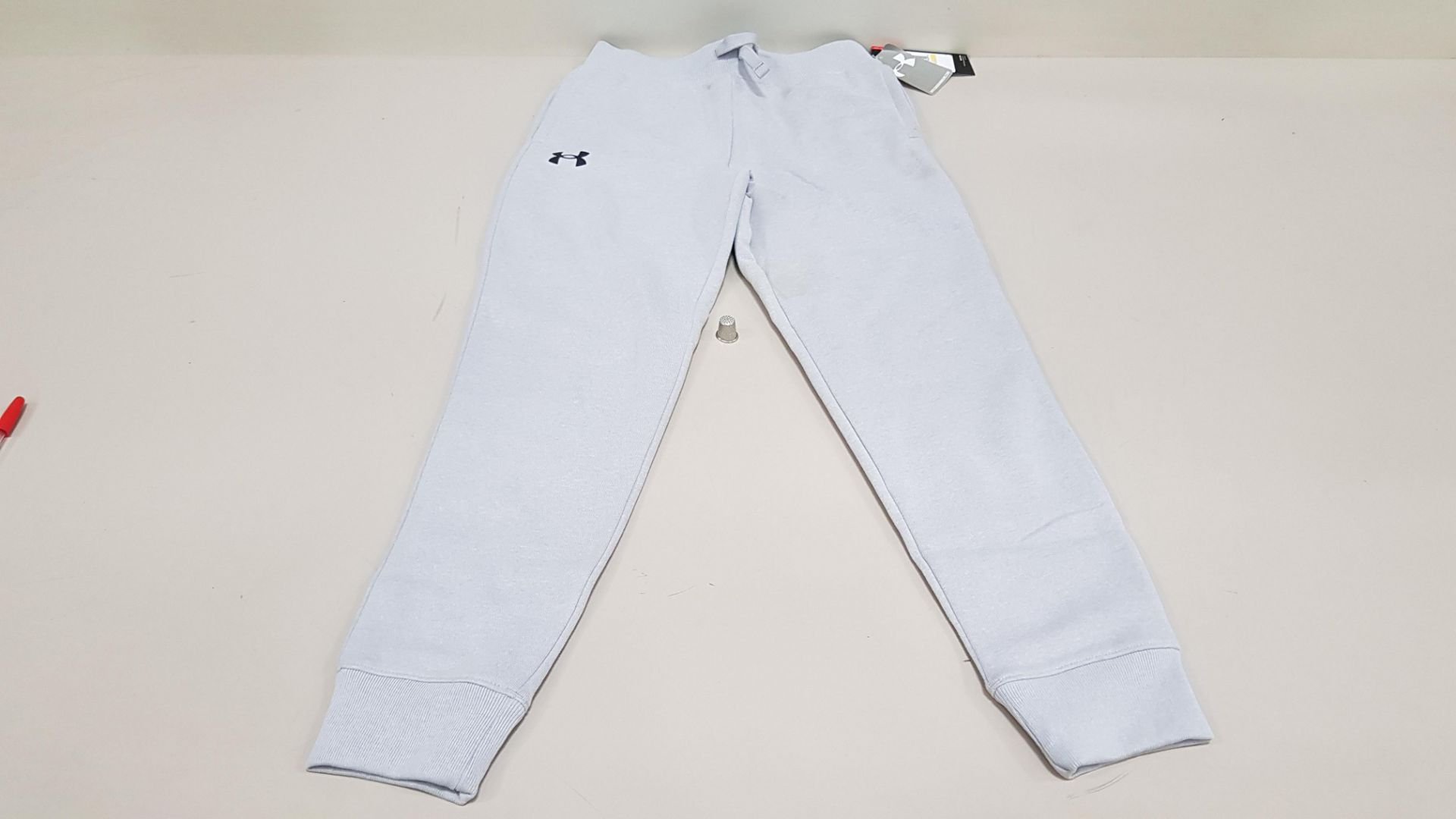 10 X BRAND NEW UNDER ARMOUR BOYS UNDER ARMOUR PANTS SIZE YLG/G