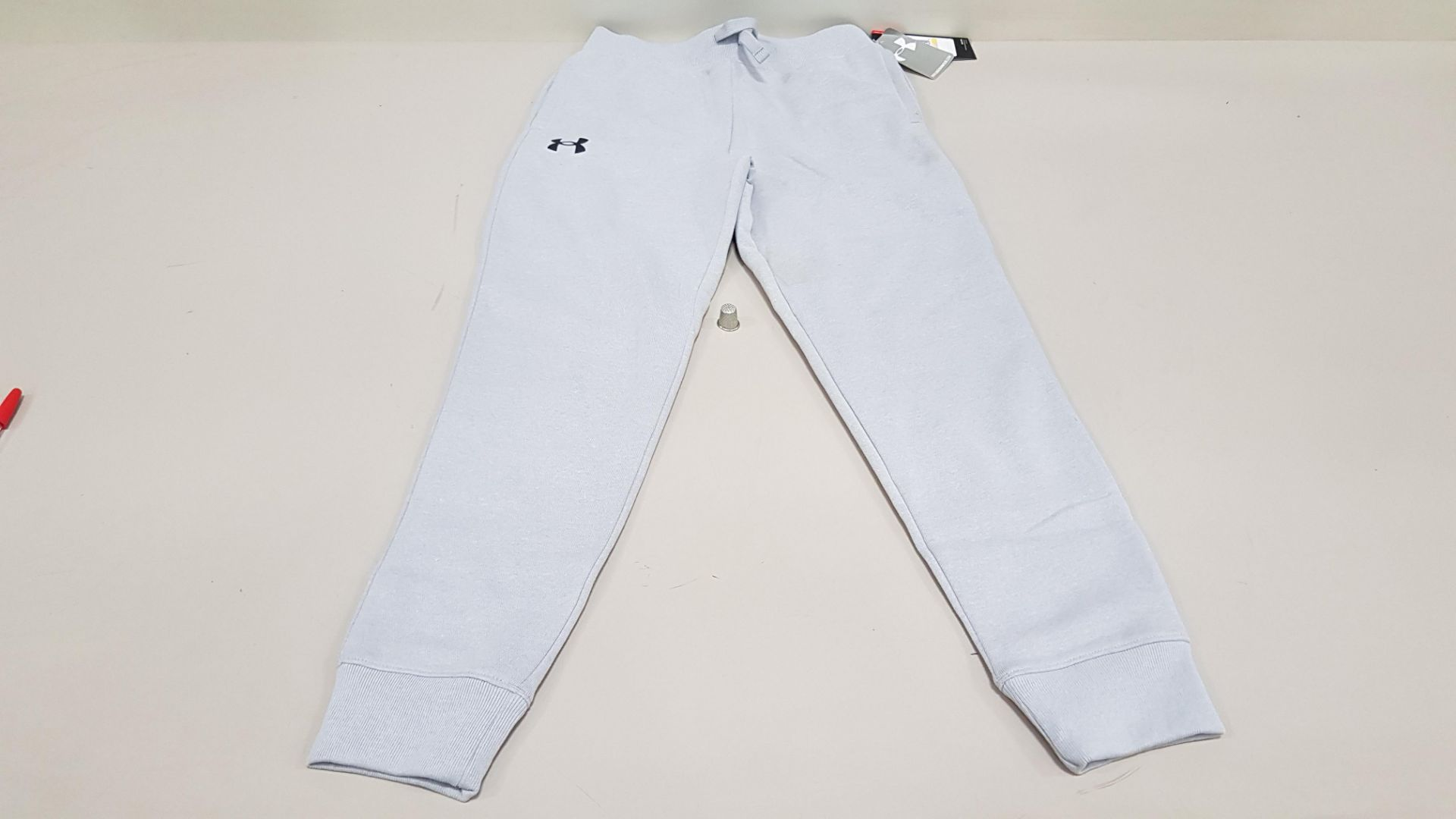 10 X BRAND NEW UNDER ARMOUR BOYS UNDER ARMOUR PANTS SIZE YSM/P/CH