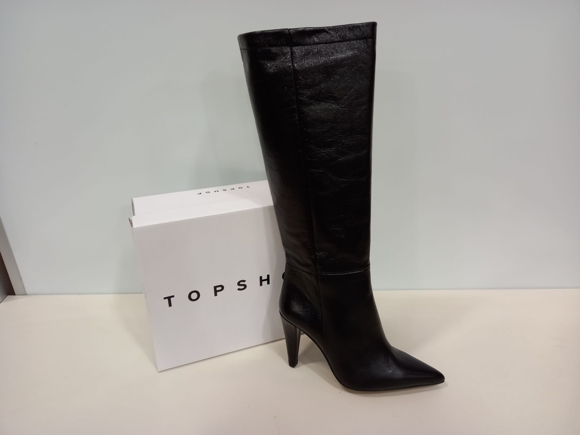 5 X BRAND NEW TOPSHOP TAYLOR BLACK SHOES UK SIZE 6 RRP £120.00 (TOTAL RRP £600.00)