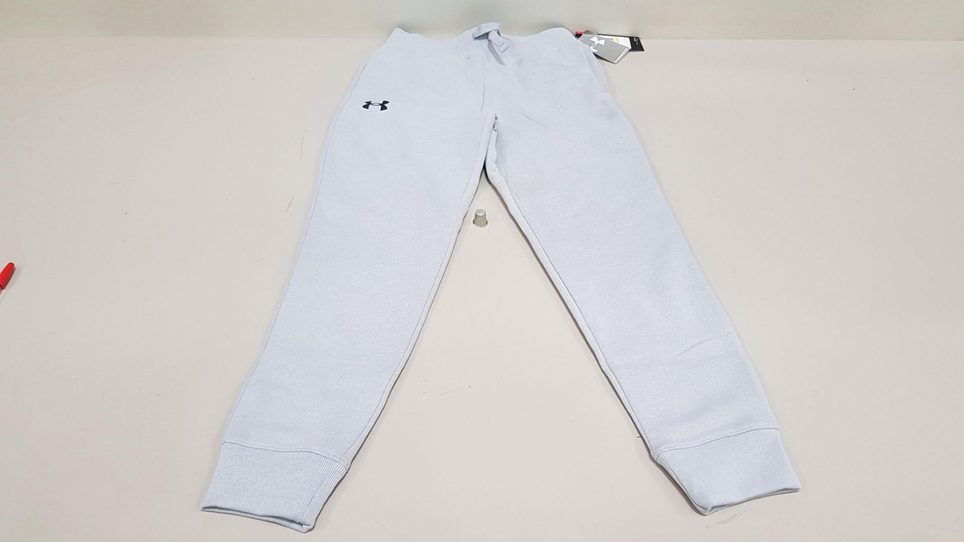 10 X BRAND NEW UNDER ARMOUR BOYS PANTS SIZE YMD/M
