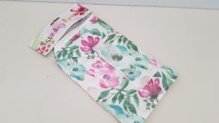 360 X BRAND NEW DESIGNER LAUNDRY APRON WITH FLOWER DETAIL IN 15 BOXES