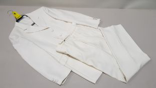 1 X BRAND NEW THE TAYLORING EXPERIENCE WHITE BLAZER WITH MATCHING TROUSERS SIZE 38R