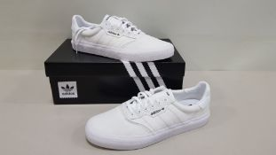 6 X BRAND NEW ADIDAS ORIGINALS 3MC IN TRIPLE WHITE UK SIZE 7 (PLEASE NOTE 1 BOX IS DAMAGED AND