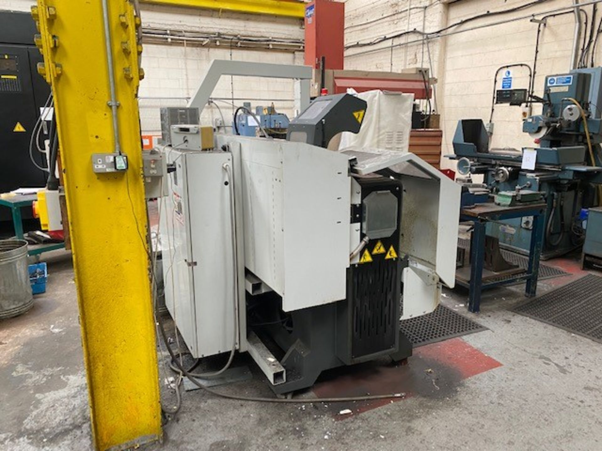 HASS ENCLOSED 2-AXIS CNC TOOLROOM LATHE WITH HASS CONTROLLER MODEL: TL-2 SERIAL NO: 3089388 DMF: - Image 2 of 5