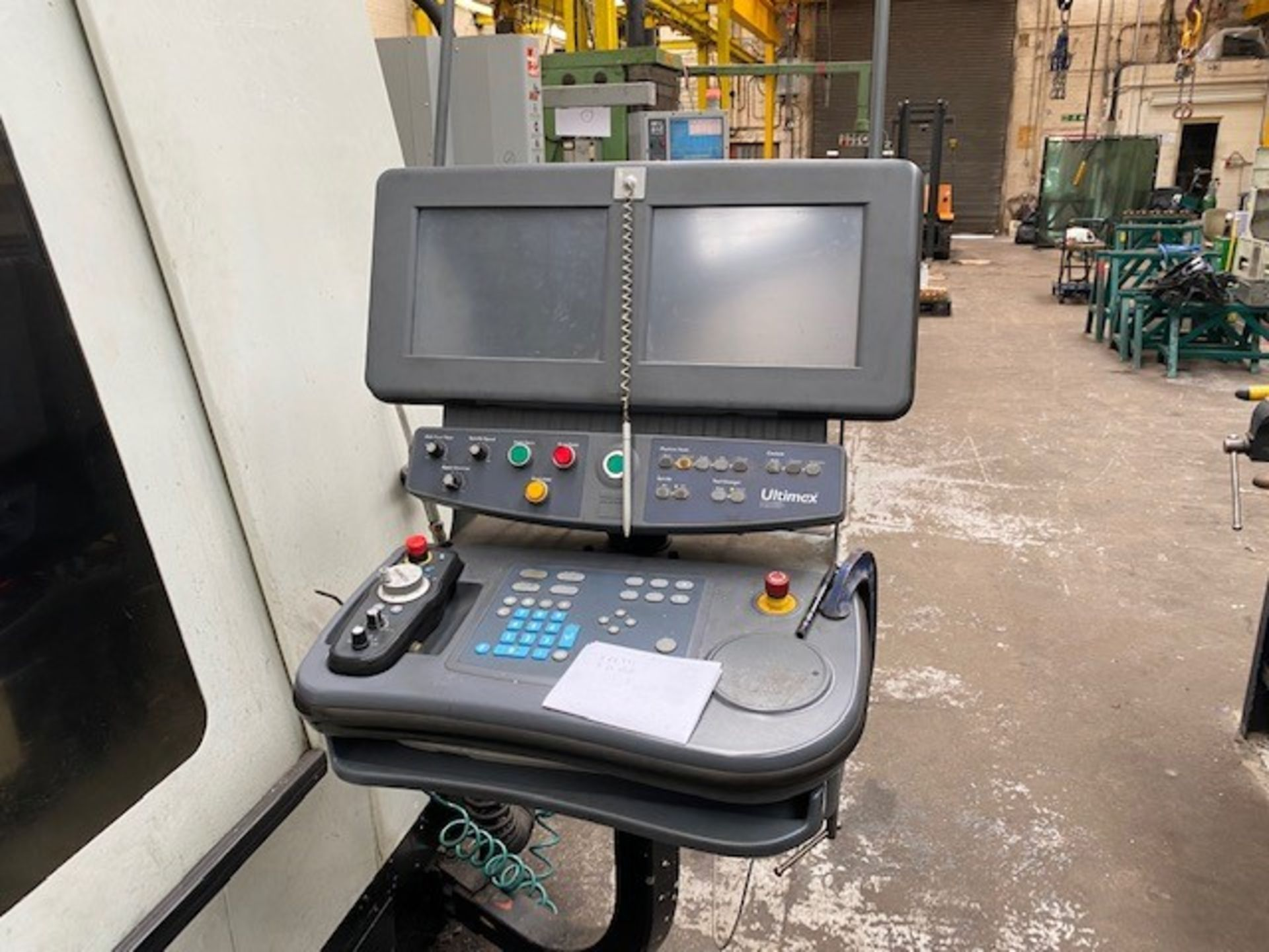HURCO VMX42T VERTICAL MACHINING CENTRE WITH HURCO ULTIMAX CONTROL UNIT AND WASTE AUGER DOM 22/09/ - Image 2 of 4