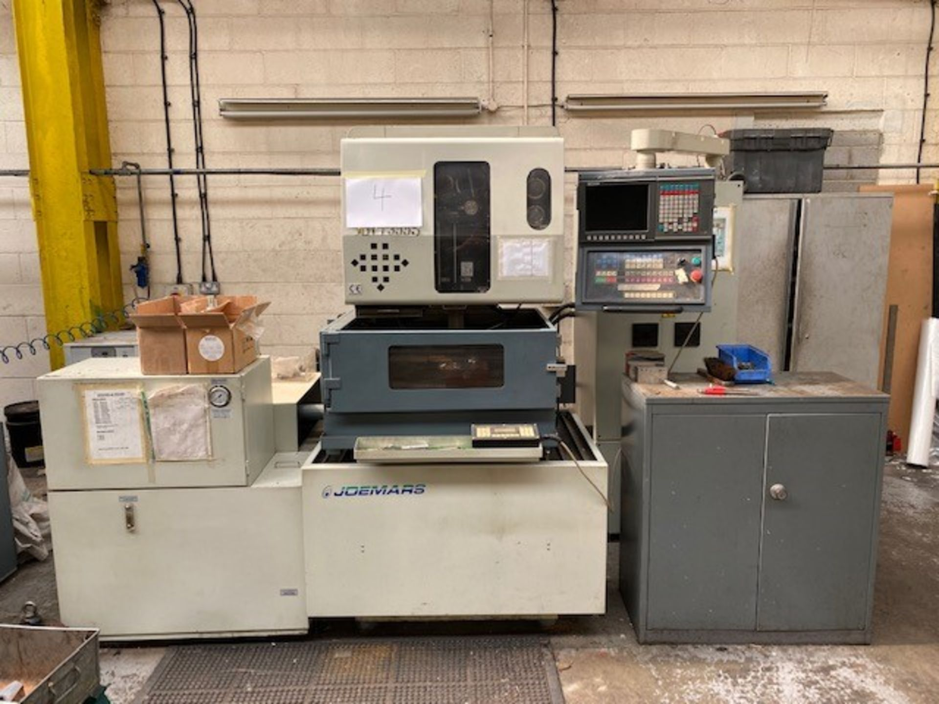 JOEMARS EURO SPARK EROSION CNC/EDM MACHINE WITH JOEMARS AL-5 CONTROLLER AND HABOR CHILLER TANK