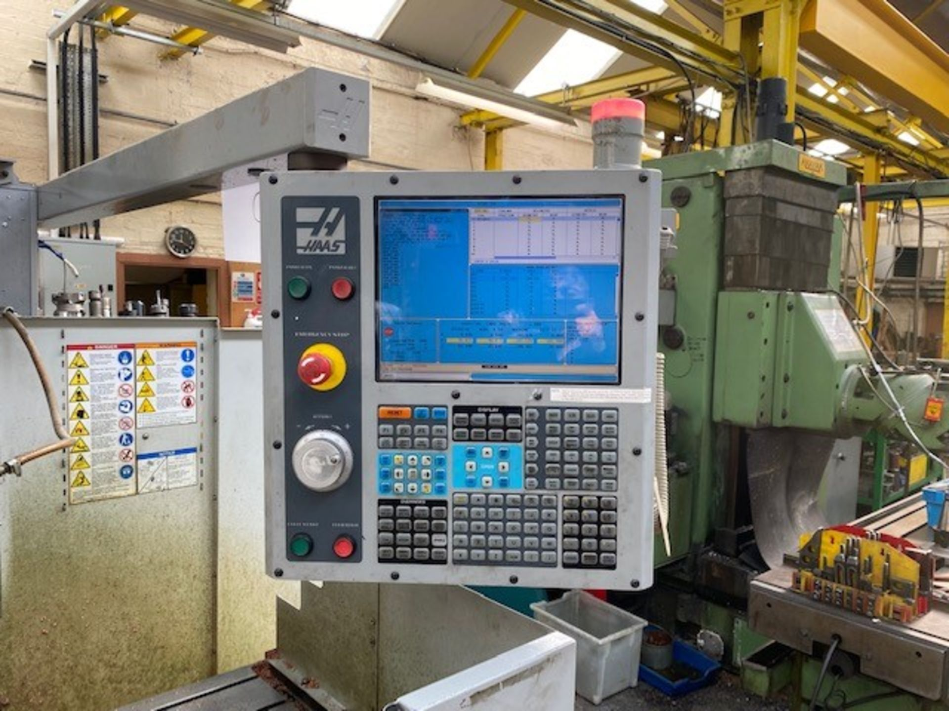 HASS CNC VERTICAL MACHINING CENTRE MODEL: TM-3CE SERIAL No: 1069469 DOM: 07/08 TO INCLUDE MANUALS - Image 2 of 5