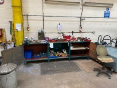 4M WIDE METAL WORK CABINET WITH VICE TOGETHER WITH ASSORTED TOOLS & COMPONENTS