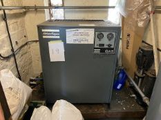 ATLAS COPO OIL-INJECTED ROTARY SCREW COMPRESSOR WITH AIR RECEIVER TANK AND COMPAIR F95HS DRYER (NO